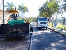 Prefeitura inicia investimento de mais de R$ 1 milhão em obras de recapeamento asfáltico