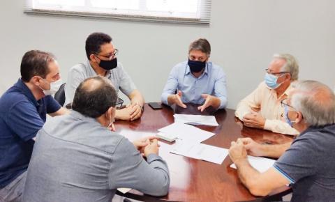 Prefeito assina convênio com Santa Casa para realização de 411 cirurgias eletivas