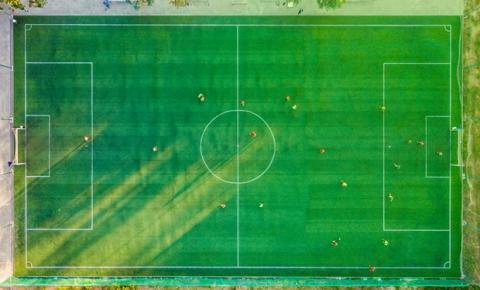 Projeto global para tornar o futebol mais inclusivo, diverso e sustentável está com inscrições abertas